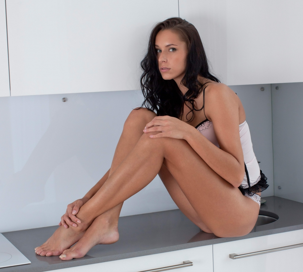 Sweet Brunette - XLondon City Escorts